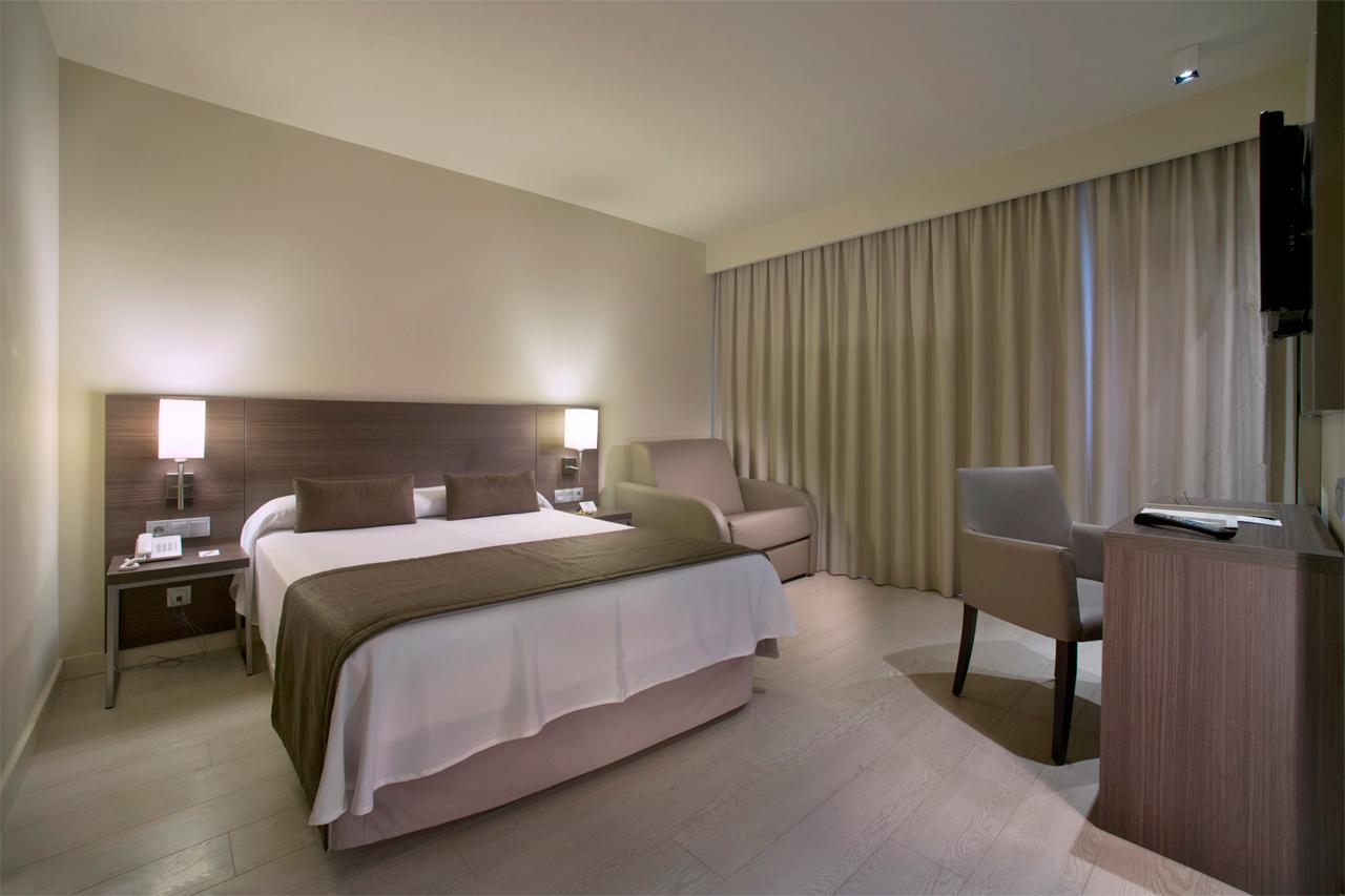 HOTELS MEDITERRANEO ROSES