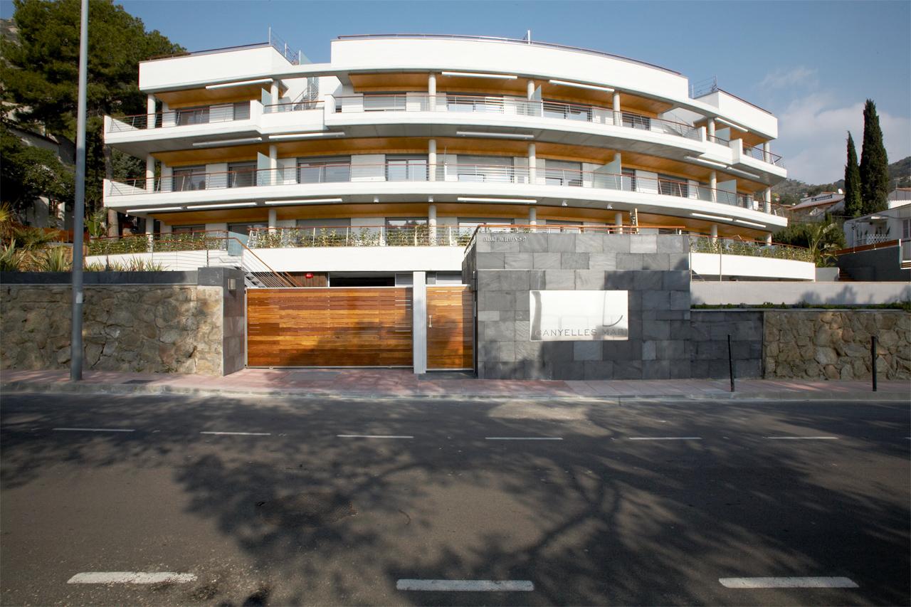 Proyecto edificio Canyelles Mar