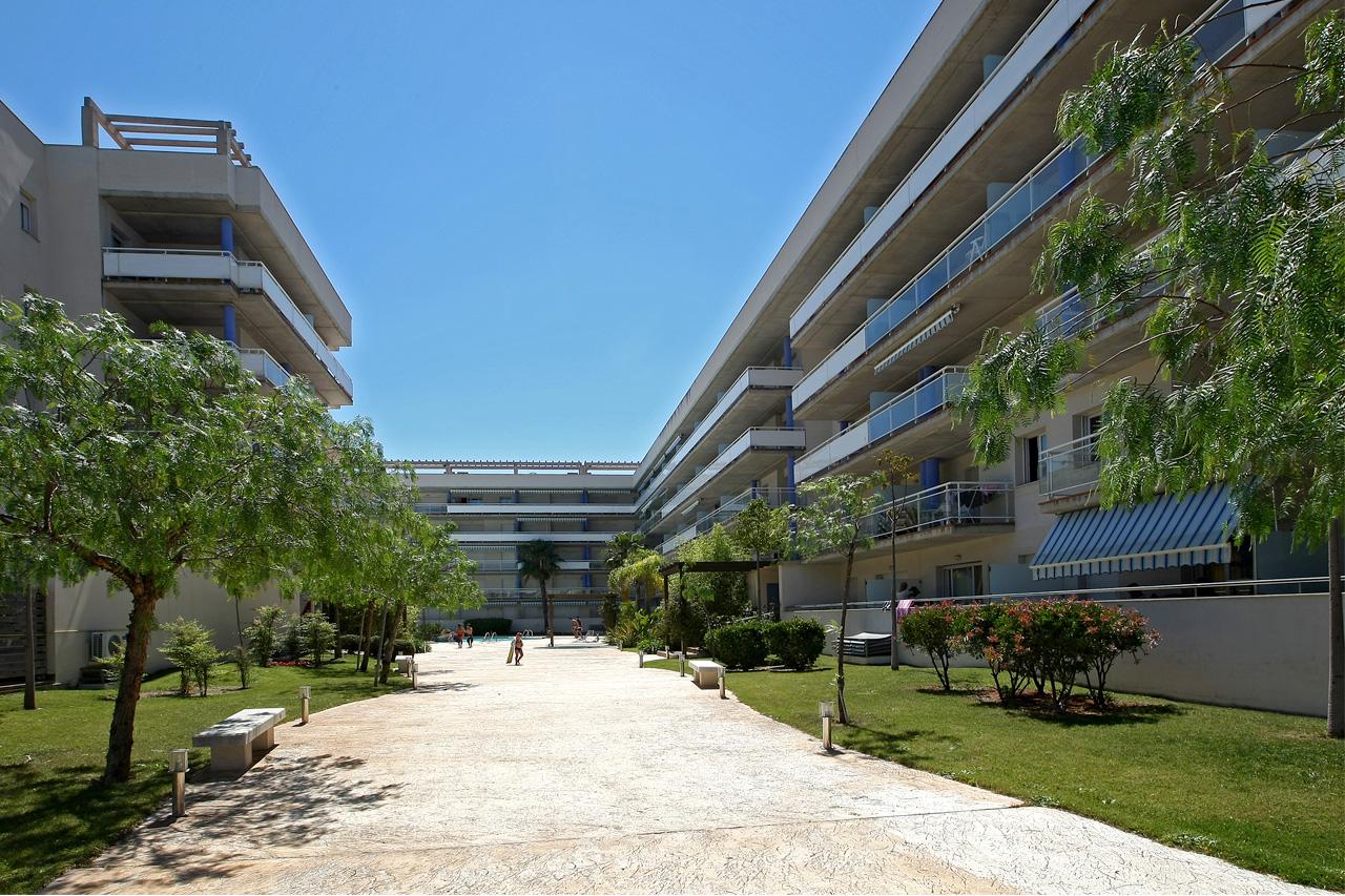 Edificio Port Canigó Sta.Margarita Roses